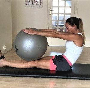 Exercice Pilates ML Concept
